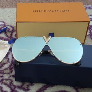 Authentic Louis Vuitton Drive Strass BLUE